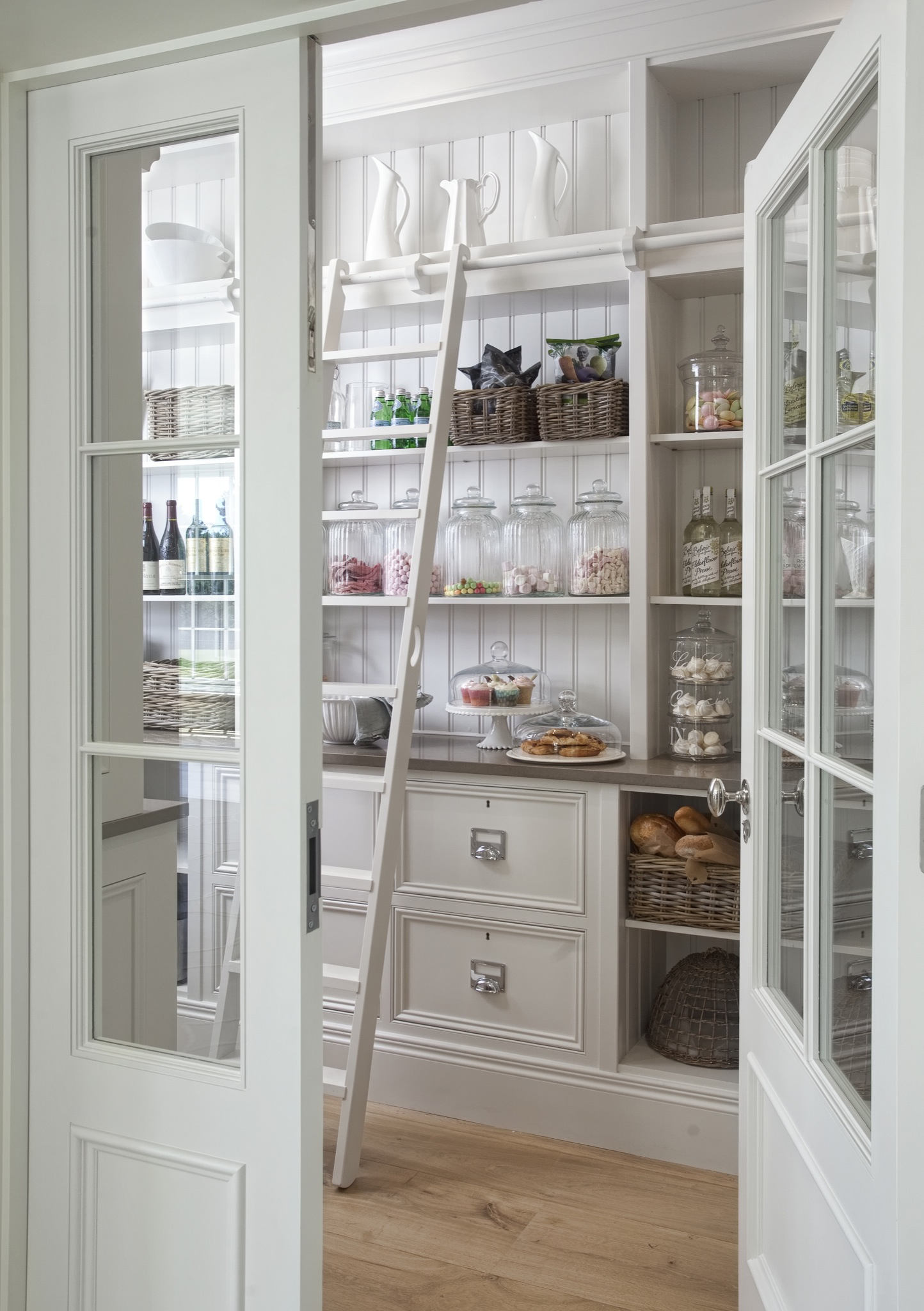 Pantry Organisation - DIY Decorator